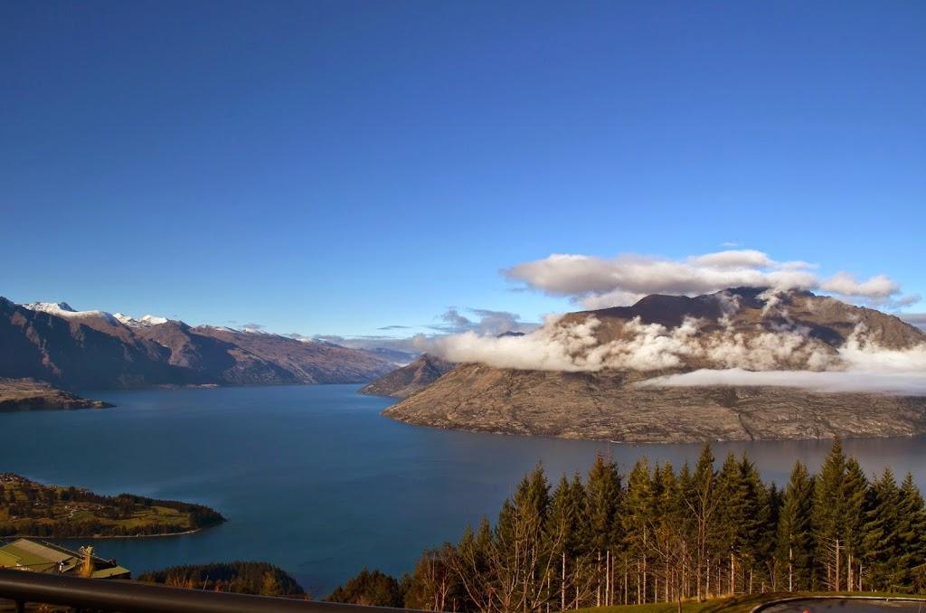 Lake Wakatipu, Queenstown by Travel Jaunts