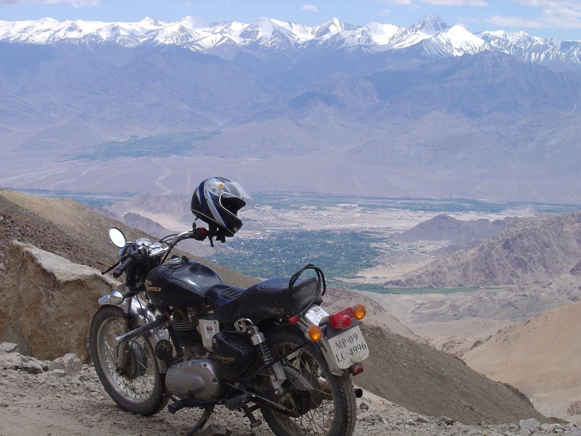 Manali Leh highway by Travel Jaunts
