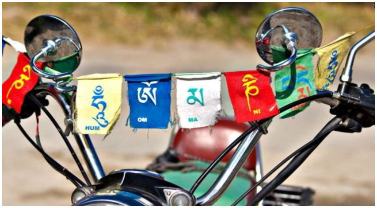 Buddhism Prayer Flags, Importance and Significance of this sacred flag