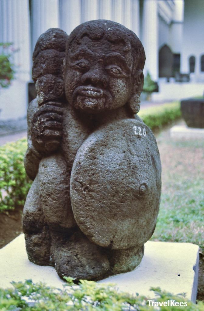 hindoebeeldje, nationaal museum,