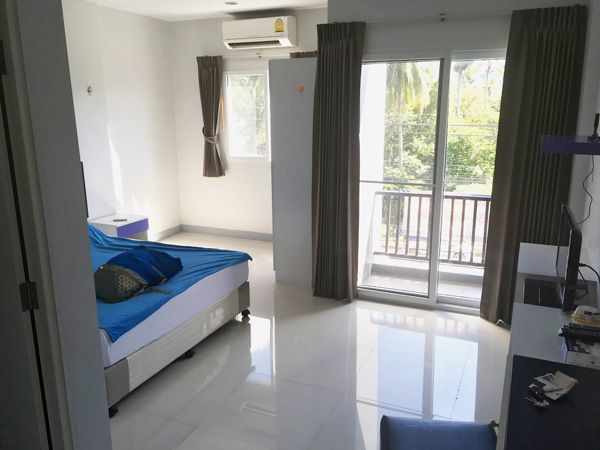 cheap apartment in thailand