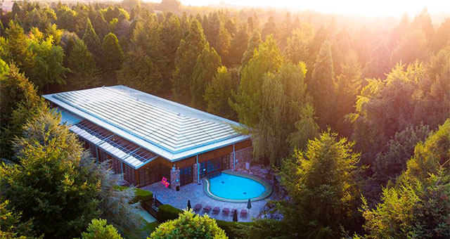 Отель Disney's Sequoia Lodge® 3*
