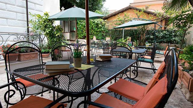 Hotel-Villa-Delle-Rose1