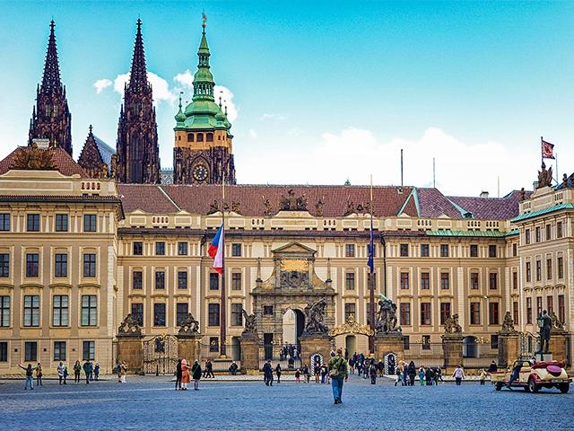 Градчанская площадь