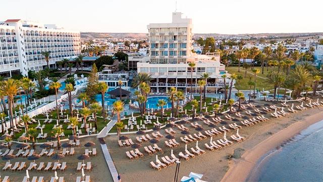 Отель Golden Bay Beach Hotel 5* Ларнака, Кипр