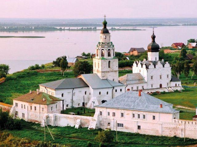 Экскурсия: Из Казани — в Свияжск на теплоходе