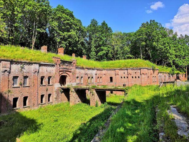 Экскурсия: На Куршскую косу через форты и замки