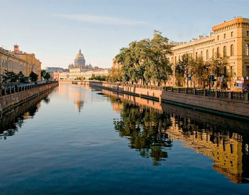 Водные экскурсии в Санкт-Петербурге по рекам и каналам
