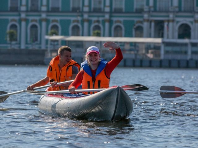 Экскурсия: На байдарках по историческому центру Петербурга