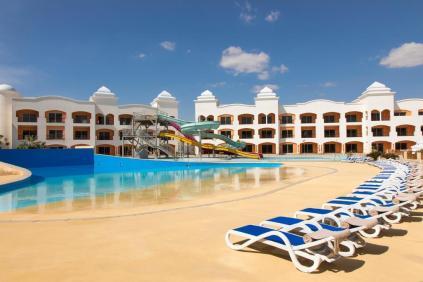tropitel-waves-naama-bay-hotel1