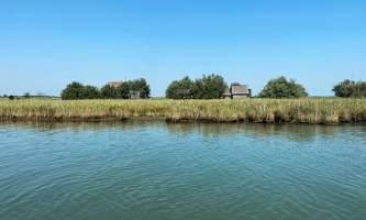 Visitare Marano Lagunare, in barca fra i casoni