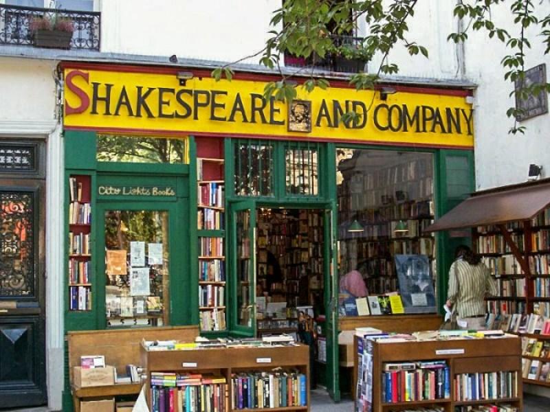 Shakespeare and Co Bookshop, 37 rue de la Bucherie 75005, Paris, France,