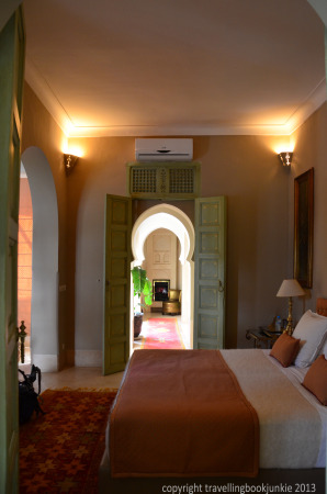 Large bed, suite 4, Riad Camilia, Marrakech, Morocco