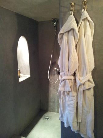 Riad cinnamon shower room, marrakech morocco