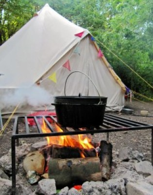 Donna Tomlinson photo on Flickr of a bell tent