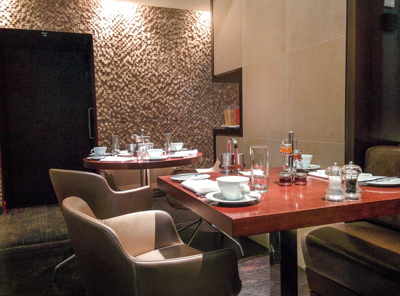 The Breakfast area at the Apex London Wall Hotel