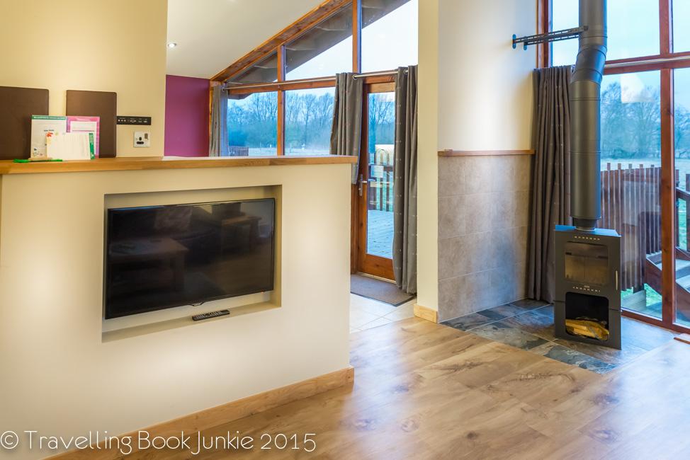 living room, golden oak, thorpe forest, thetford forest, forest holidays, norfolk uk
