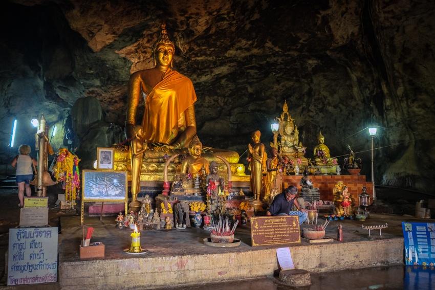 Death Railway, Kanchanaburi, Thailand, River Kwai, Hellfire Pass, Travel, Travelling, Travelling Book Junkie