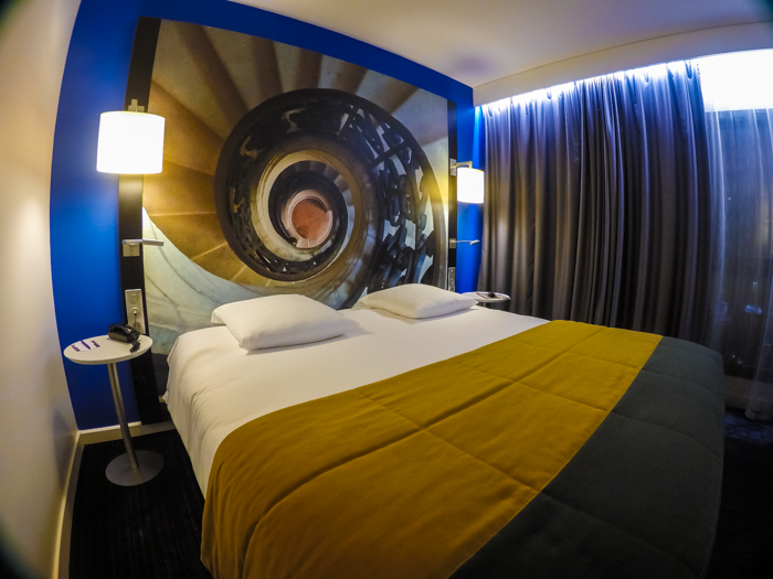 mecure hotels, bourges, hotel, france, michelin star, restaurant, abbey, converted, de bourbon, bedroom,