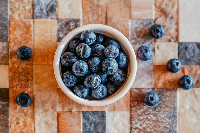 Healthy Lifestyle, wellness, blueberries, fruit, superfoods