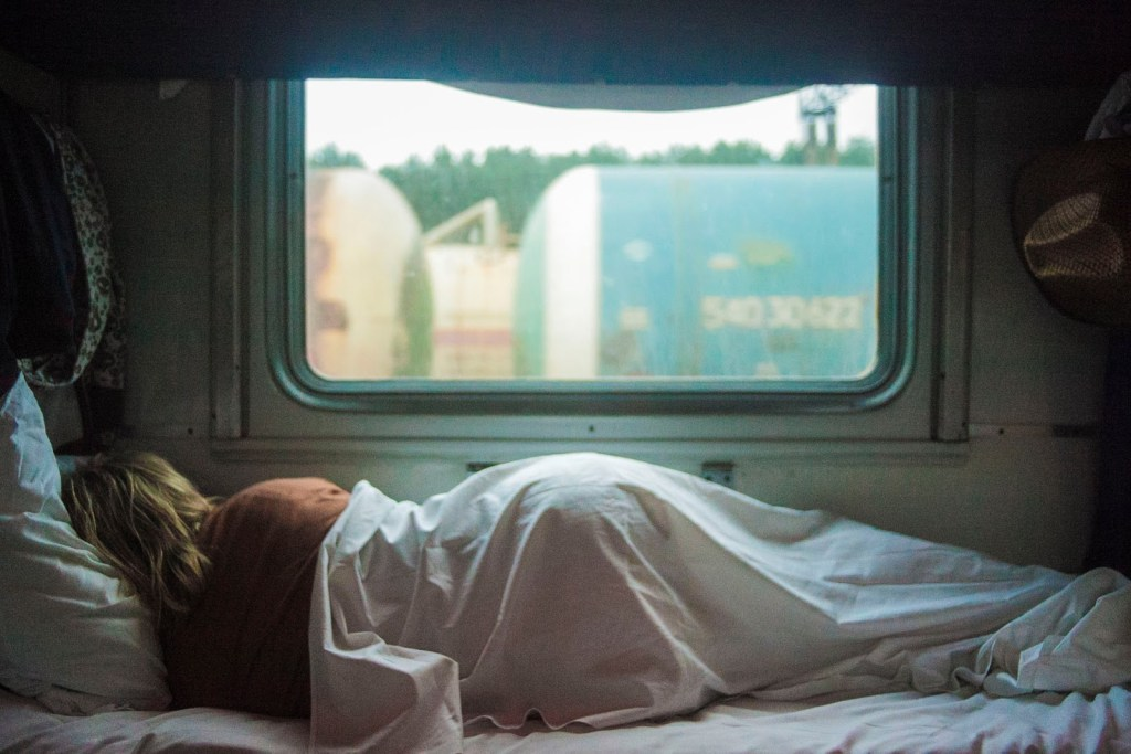 staying healthy whilst travelling, sleep, health benefits