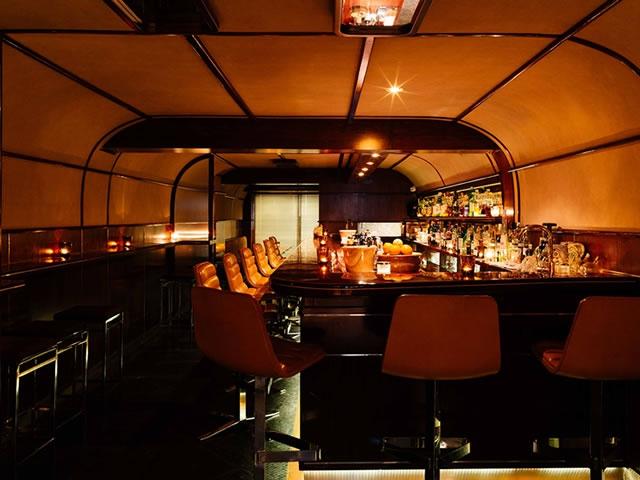 Q & A Bar, Bangkok, Thailand, Trendy Bars