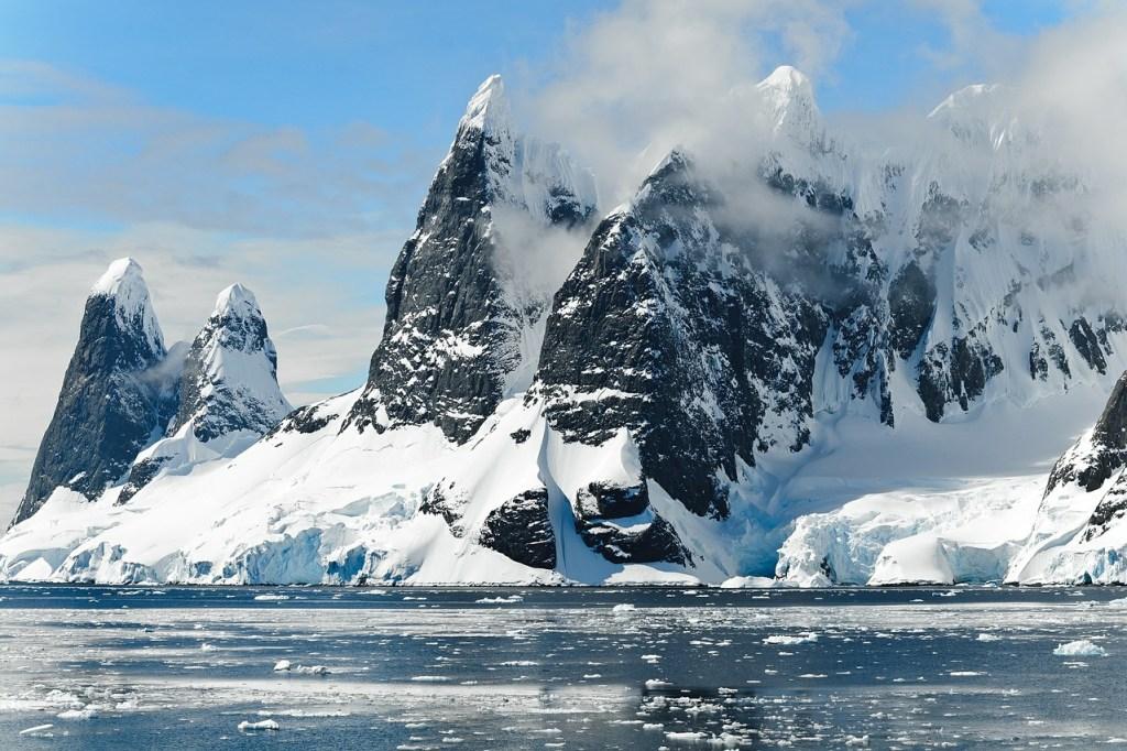 Mountains of Antarctica, Wilderness, adventure travel