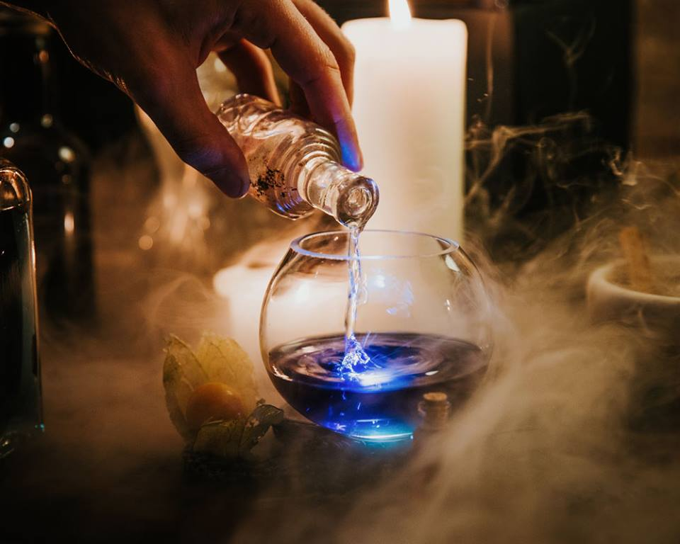 the cauldron pub a harry potter themed night out that bookworms will love