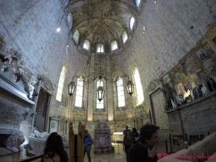 Interior del Museo Arqueológico do Carmo