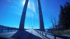 Puentes alucinantes para ir saltando de isla en isla