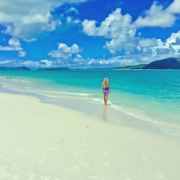 Fiona McNicol A Travellin Tale Whitehaven Beach The Whitsundays Queensland Australia