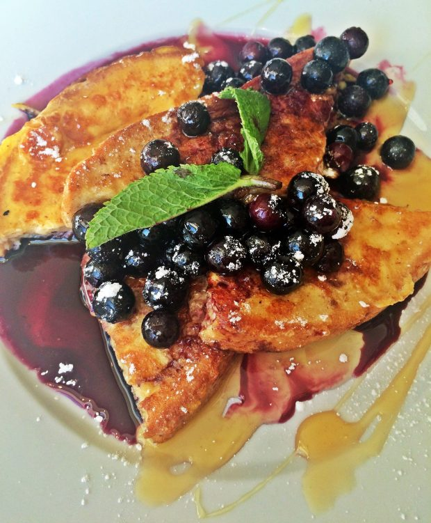 Blueberry Pancakes at The Fat Cyclist Cafe Stirling Scotland