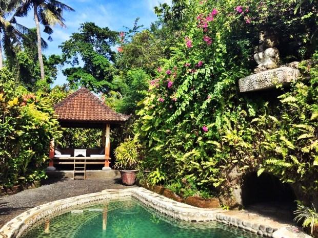 The relaxation cave at Shankari Bali Villa