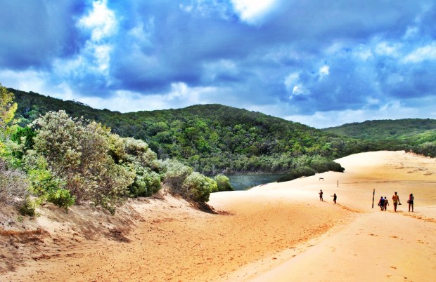 Sand dunes to Lake Wabby Fraser Island
