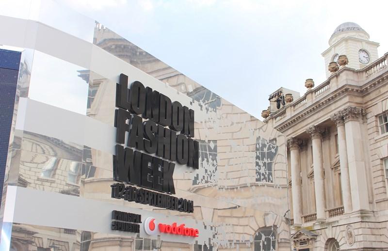 London Fashion Week SS15 - TravelLiveLearn.com