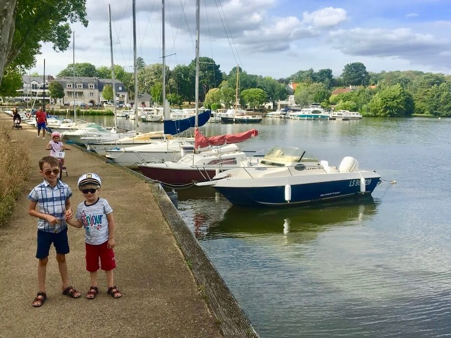 boating holiday with kids