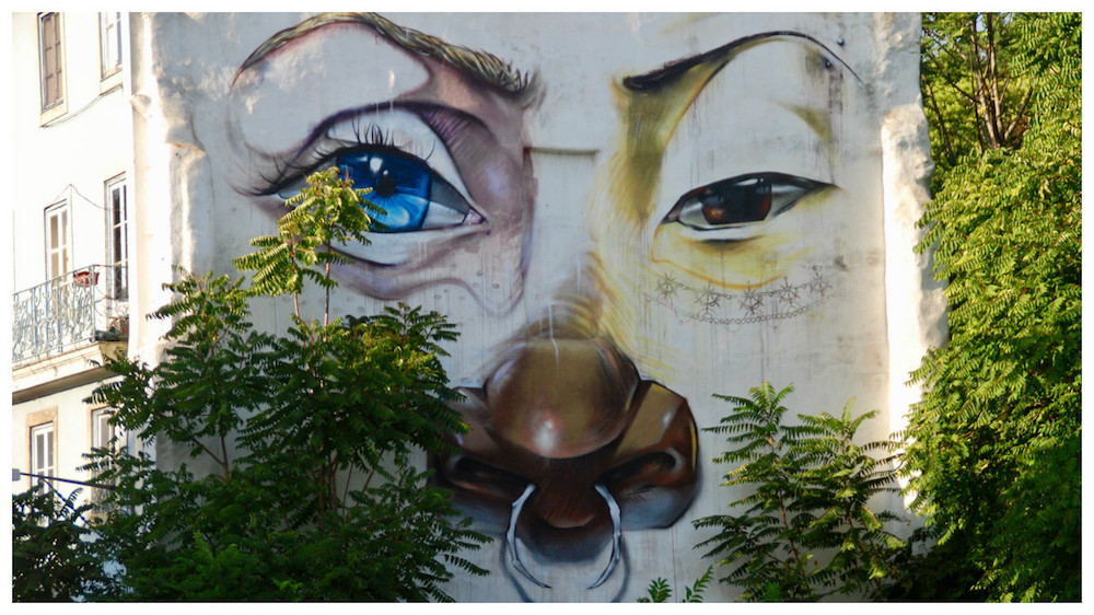 Street art Palácio de São Bento Lissabon
