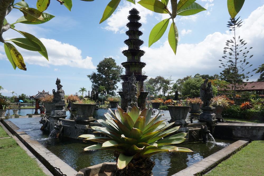 Waterpaleis Tirta Gangga Bali Indonesië