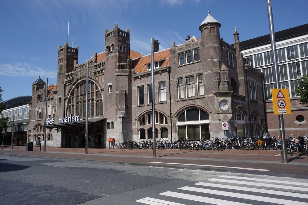 Treinstation Haarlem Nederland