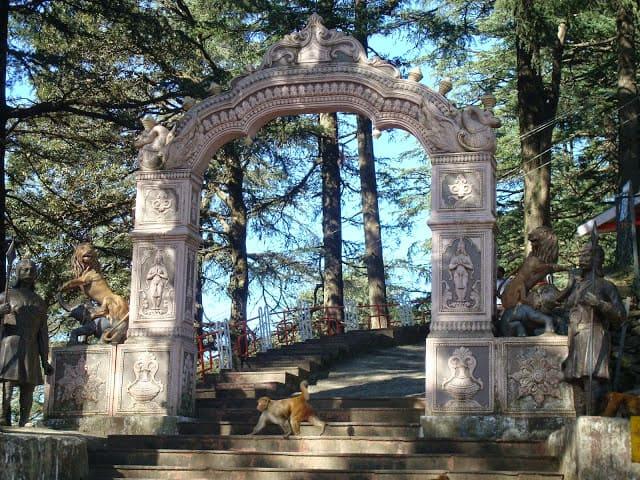 jakhoo-temple1