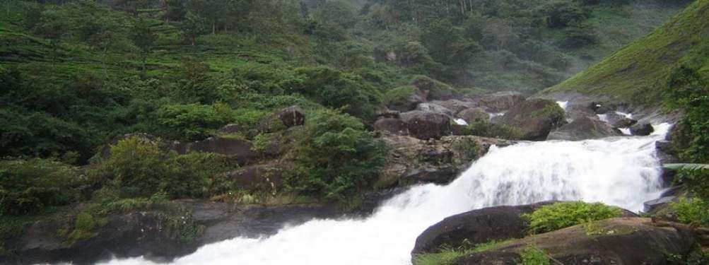 attukad-waterfalls217_a