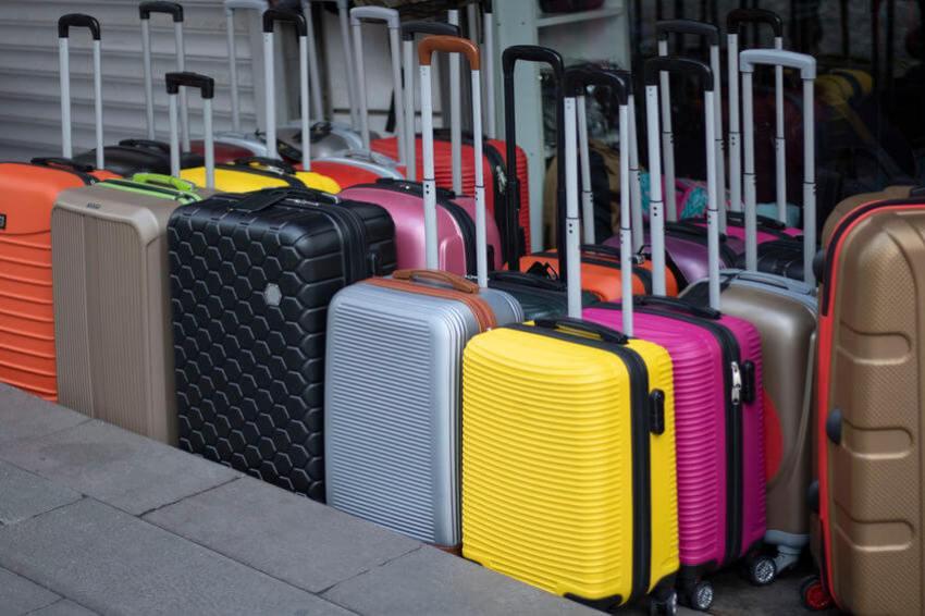 koffer knallige farben