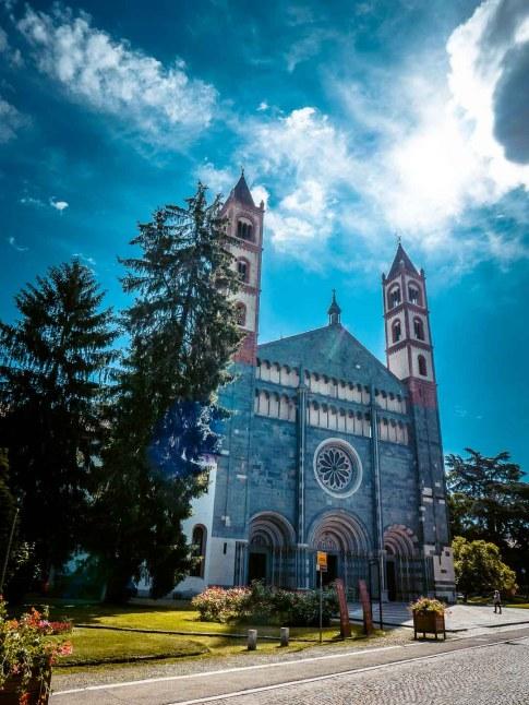 basilique saint-andré vercelli