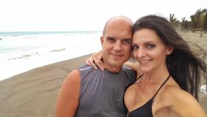 Trevor and Kashlee Kucheran Beach Ecuador