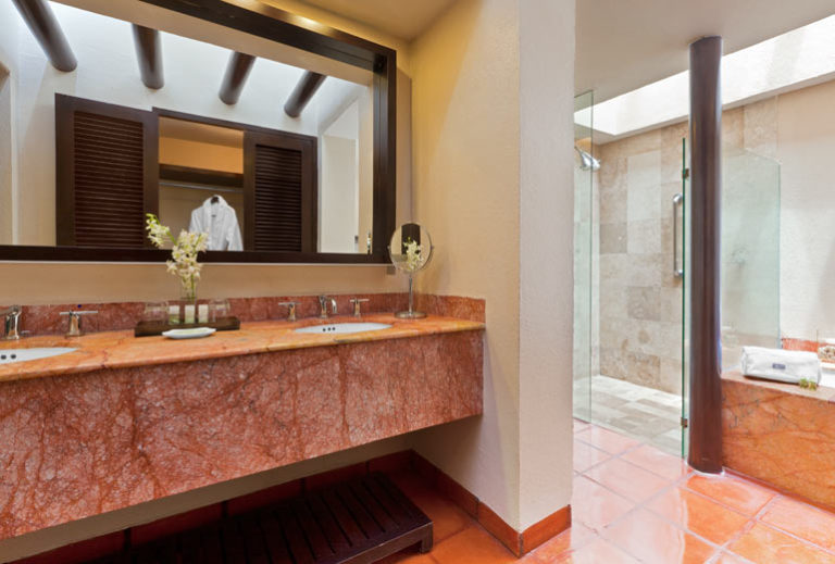 Westin Junior Suite Puerto Vallarta Bathroom