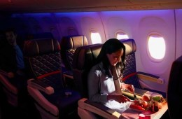 three course meals in economy with Delta