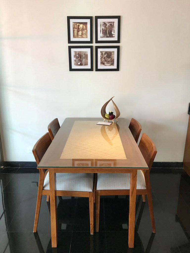 Dining table Sun Island Seminyak Villa