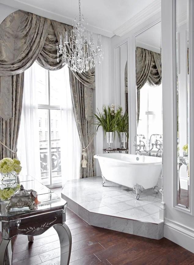 Bathroom in the Cora Pearl Suite in the Grosvenor Hotel London