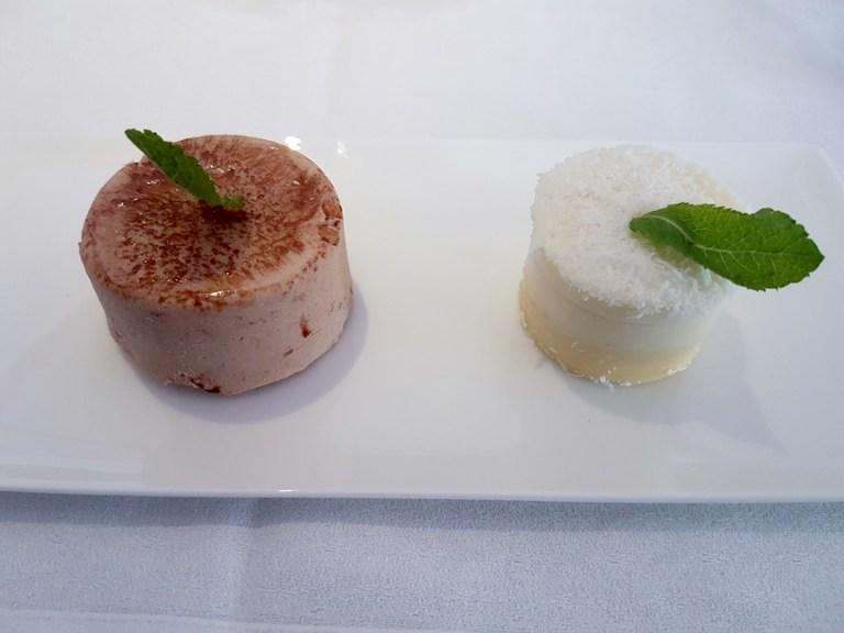 dessert on Qatar airways a350