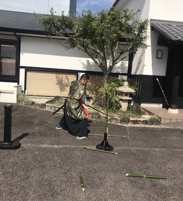 Seki sword master demonstration - gifu travel guide
